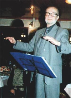Avni Anıl - Müzisyen
